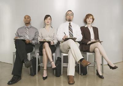 buscar empleo o negocios rentables