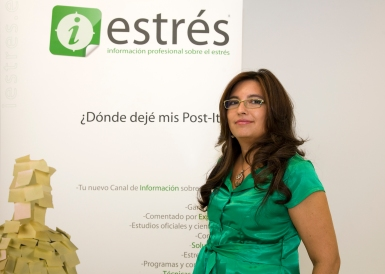Mónica Grossoni en clase de control de estrés