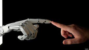 mano-robotica-yhumana